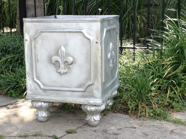 small fleur de lis planter architectural sales. Black Bedroom Furniture Sets. Home Design Ideas